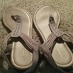 Madden girl sandals !